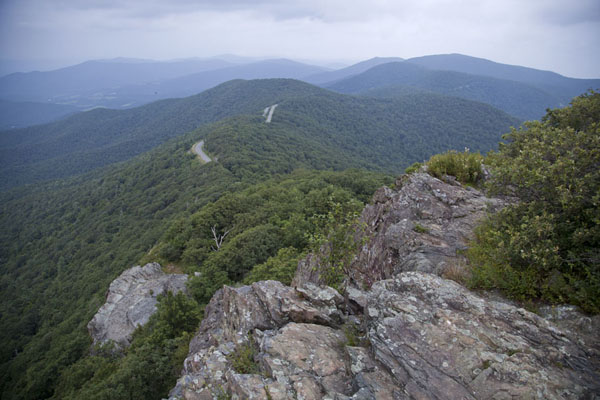 Picture of Skyline Drive running over the Blue Ridge Mountains seen from the Little Stony Man