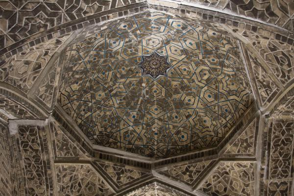 Photo de Ceiling of the entrance hall of Mir-i-Arab medressaBoukhara - Ouzbékistan