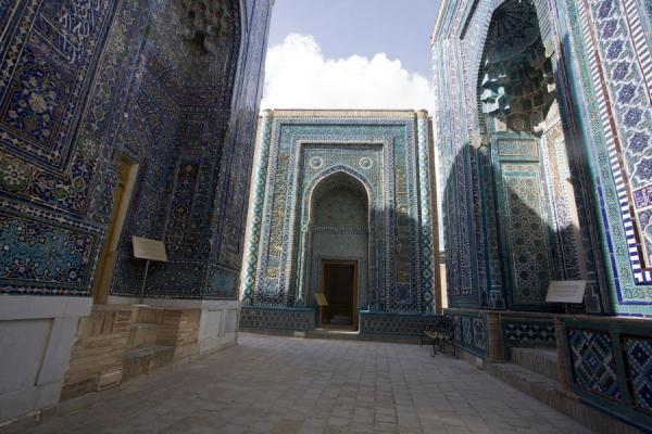 Picture of Shah-i-Zinda mausolea (Uzbekistan): Upper group of mausolea