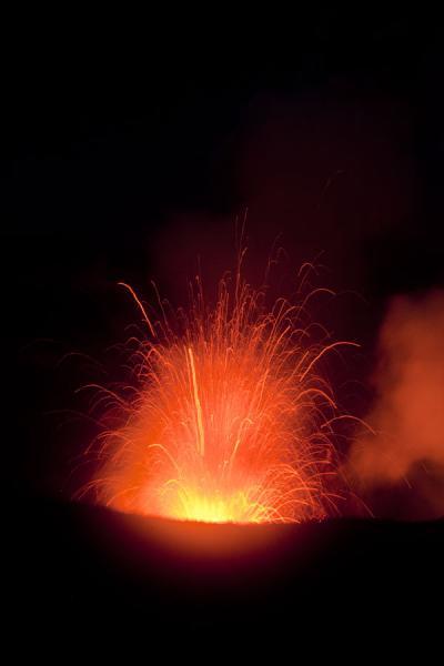 Picture of Mount Yasur (Vanuatu): Eruption on Mount Yasur seen in the darkness of night