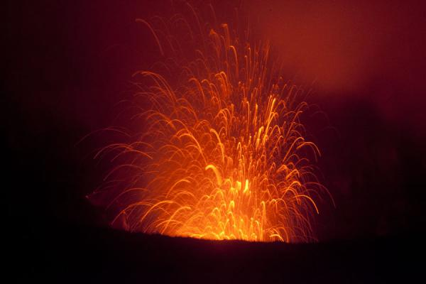Picture of Mount Yasur (Vanuatu): Eruption of fire and rocks in the night on Mount Yasur