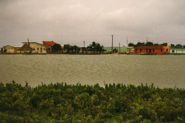 Photo de The only village of the archipelagoLos Roques - le Vénézuéla