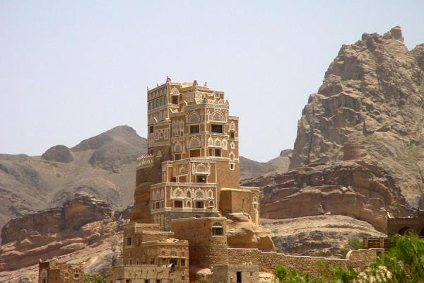 Picture of Dar Al Hajar (Yemen): Dar al Hajar or Rock Palace in Wadi Dhahr