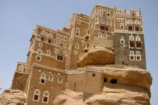 Picture of Dar Al Hajar (Yemen): Dar al Hajar or Rock Palace seen from below