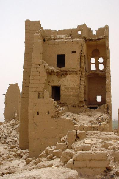 Picture of Marib (Yemen): Old Marib: destroyed house