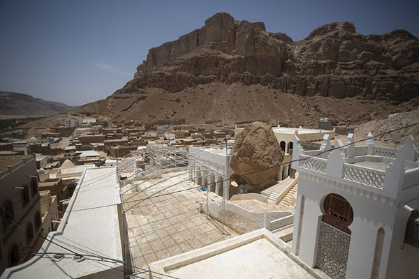 Picture of Qabr Nabi Hud (Yemen): The village of Qabr Nabi Hud is deserted except for a few days a year