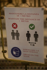 Distancing sign in Italy
